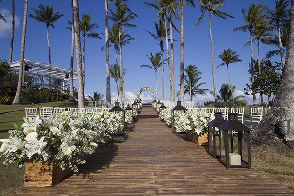 9-casamento-na-praia-trancoso-flavia-vitoria-natalia-e-ronaldo