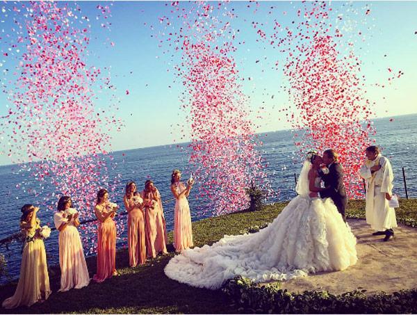 casamento-giovanna-battaglia-vestido-de-noiva-alexander-mcqueen-capri-03
