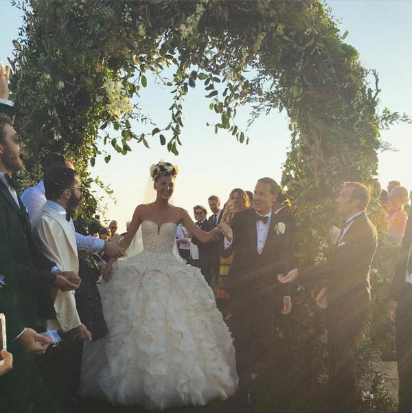 casamento-giovanna-battaglia-vestido-de-noiva-alexander-mcqueen-capri-07