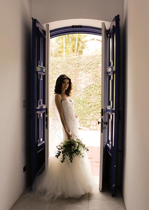 casamento-rio-de-janeiro-modelo-nathalia-vianna-vestido-monique-lhuillier-02