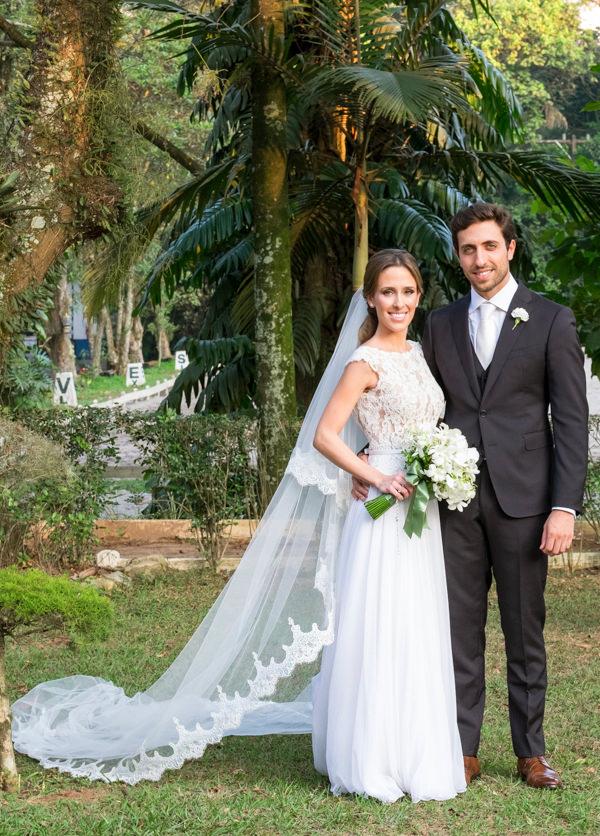 casamento-tati-pilao-fotos-anna-quast-e-ricky-arruda-vestido-noiva-wanda-borges-decoracao-lais-aguiar-4d
