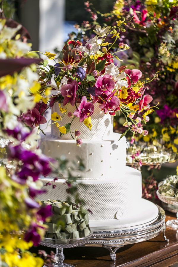 casamento-tati-pilao-fotos-anna-quast-ricky-arruda-vestido-noiva-wanda-borges-decoracao-lais-aguiar-13