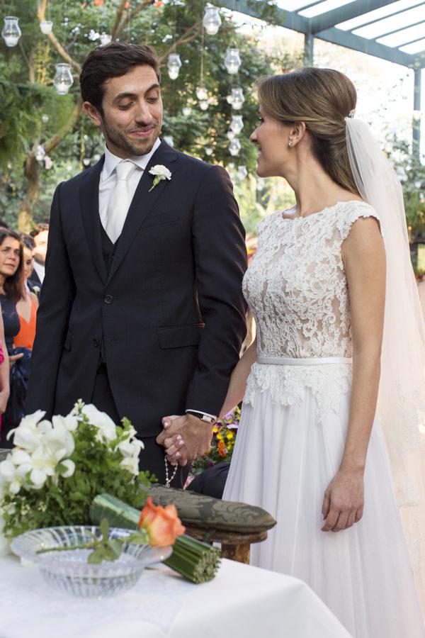 casamento-tati-pilao-fotos-anna-quast-ricky-arruda-vestido-noiva-wanda-borges-decoracao-lais-aguiar-17