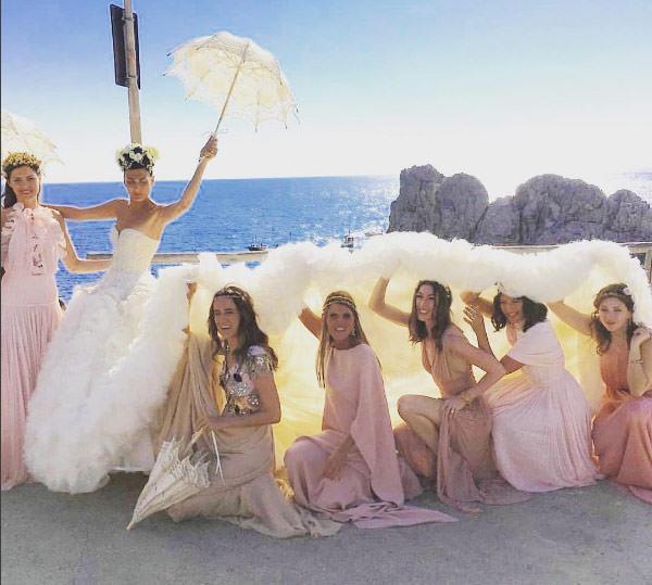 madrinhas-vestidos-nude-rosa-casamento-giovanna-battaglia-capri-03