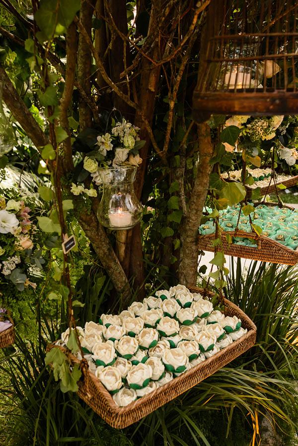 Casamento-Rio-de-Janeiro-Locanda-Roberto-Cohen-vestido-noiva-Julia Golldenzon-Andrea-e-Leo-13
