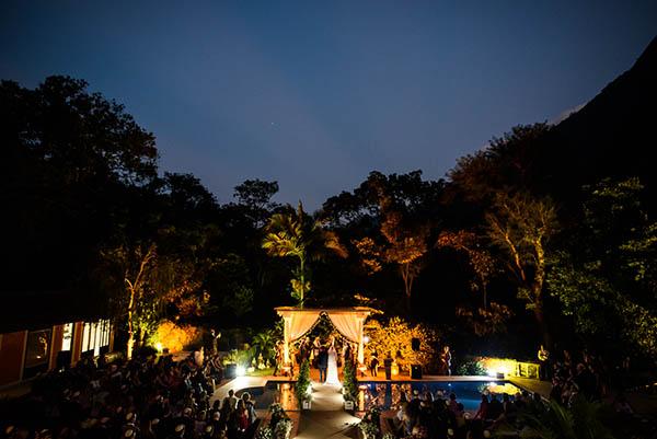 Casamento-Rio-de-Janeiro-Locanda-Roberto-Cohen-vestido-noiva-Julia Golldenzon-Andrea-e-Leo-22