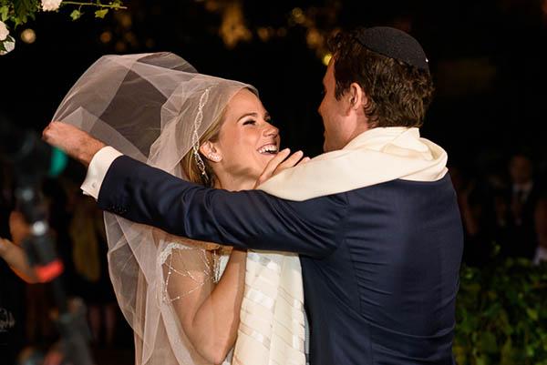 Casamento-Rio-de-Janeiro-Locanda-Roberto-Cohen-vestido-noiva-Julia Golldenzon-Andrea-e-Leo-26