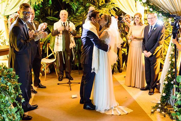 Casamento-Rio-de-Janeiro-Locanda-Roberto-Cohen-vestido-noiva-Julia Golldenzon-Andrea-e-Leo-27