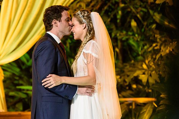 Casamento-Rio-de-Janeiro-Locanda-Roberto-Cohen-vestido-noiva-Julia Golldenzon-Andrea-e-Leo-32