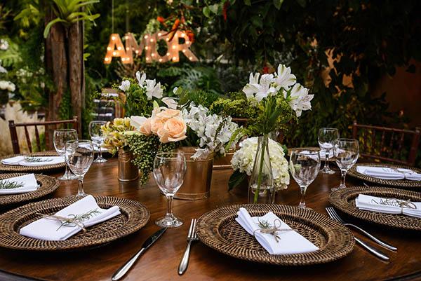 Casamento-Rio-de-Janeiro-Locanda-Roberto-Cohen-vestido-noiva-Julia Golldenzon-Andrea-e-Leo-4