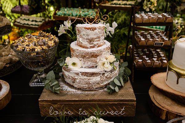 Casamento-Rio-de-Janeiro-Locanda-Roberto-Cohen-vestido-noiva-Julia Golldenzon-Andrea-e-Leo-7