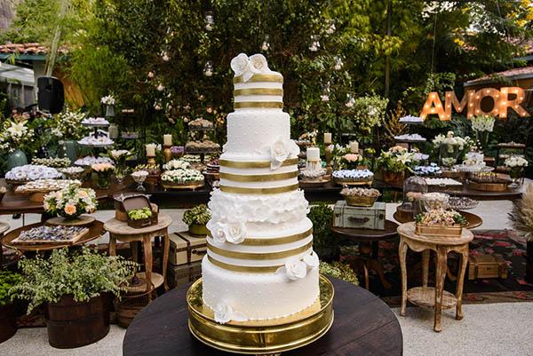 Casamento-Rio-de-Janeiro-Locanda-Roberto-Cohen-vestido-noiva-Julia Golldenzon-Andrea-e-Leo-9