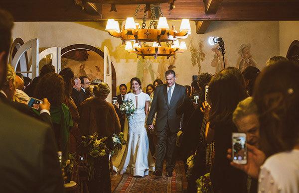 Casamento-campos-do-jordao-vestido-noiva-nanna-martinez-WhiteHall-Alexandra-e-Guilherme-10