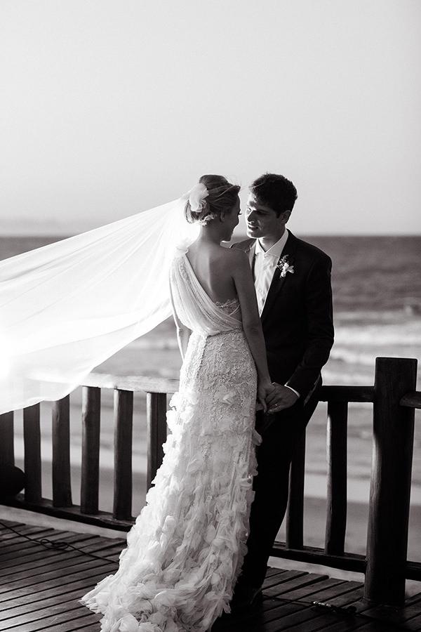 casamento-buzios-vestido-de-noiva-martu-lela-gjunior-villa-rasa-marina-paula-libano-17