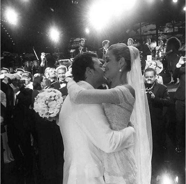 casamento-modelo-ana-beatriz-barros-vestido-de-noiva-valentino-04
