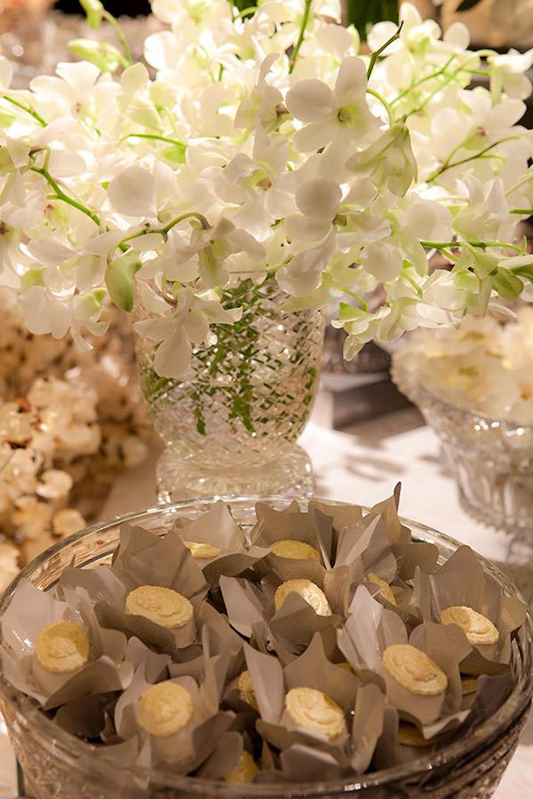 decoracao-de-casamento-todo-branco-luzinha-cenographia-casa-petra-03