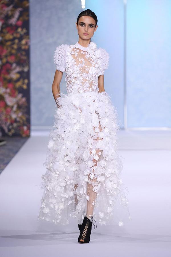 vestidos-brancos-desfile-ralph-and-russo-1