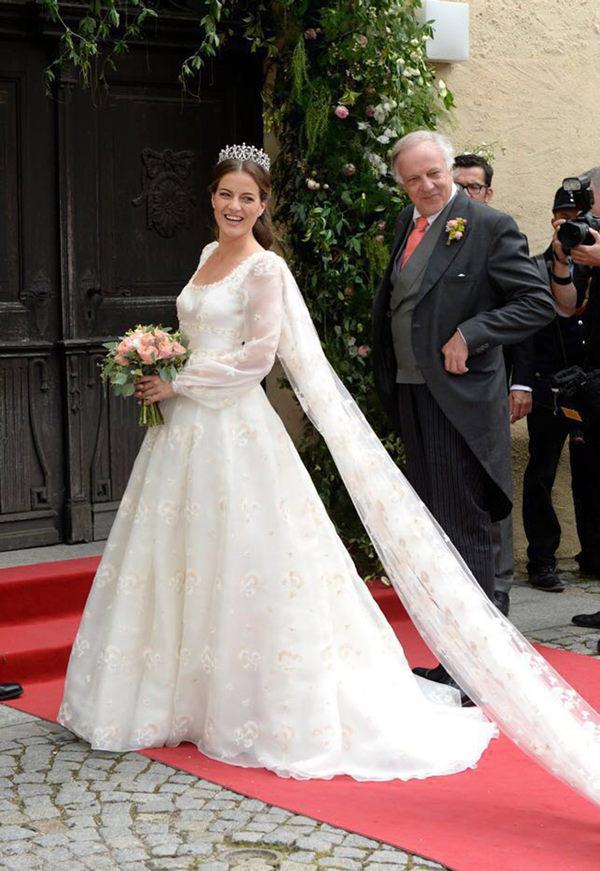 casamento-baroness-cleopatra-von-adelsheim-ernest-e-principe-franz-albrecht-05