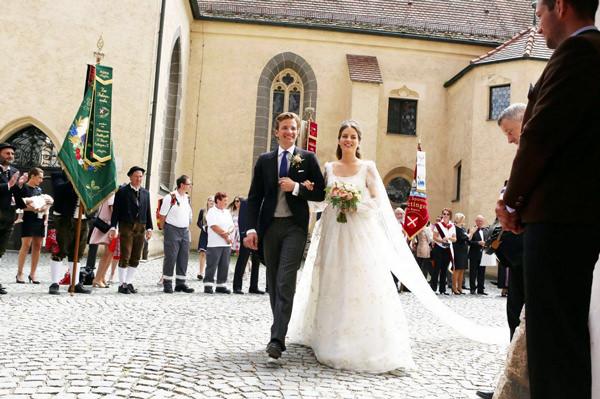 casamento-baroness-cleopatra-von-adelsheim-ernest-e-principe-franz-albrecht-09