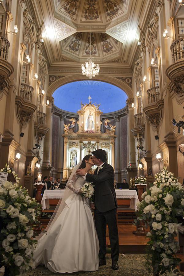 casamento-toda-de-branco-fotos-roberto-tamer-vestido-noiva-wanda-borges-10