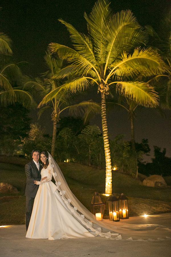 casamento-toda-de-branco-fotos-roberto-tamer-vestido-noiva-wanda-borges-26