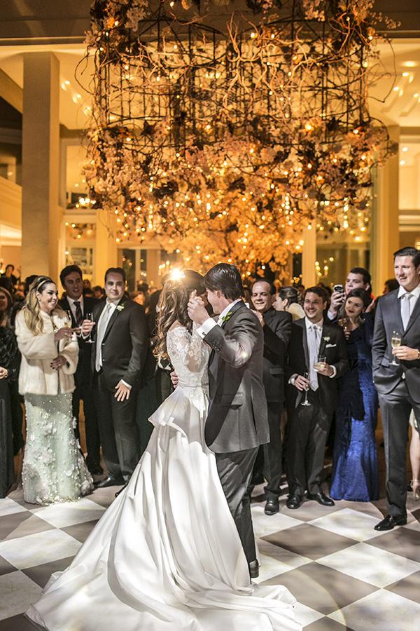 casamento-toda-de-branco-fotos-roberto-tamer-vestido-noiva-wanda-borges-29