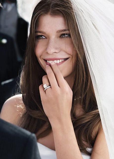 anel-de-noivado-no-dia-do-casamento