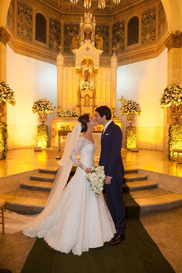 casamento-beatriz-rodrigues-vestido-de-noiva-classico-wanda-borges-08
