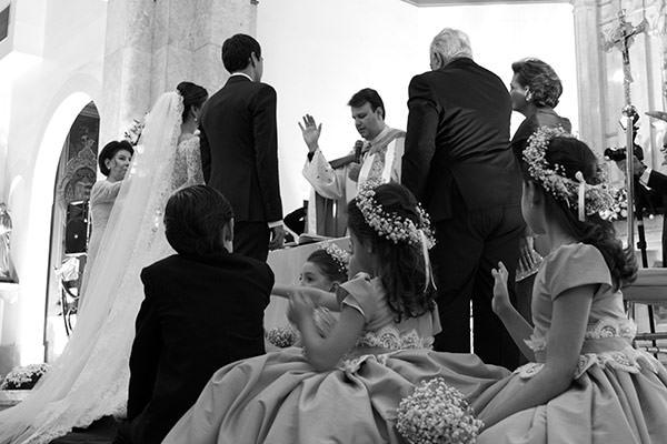 casamento-beatriz-rodrigues-vestido-de-noiva-classico-wanda-borges-09