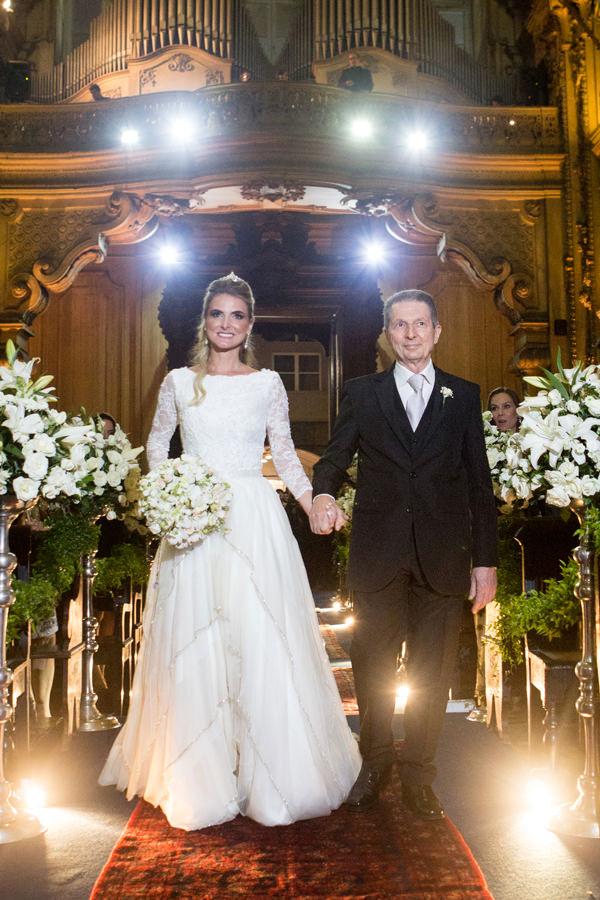casamento-carla-baroncini-vestido-maria-mendes-03