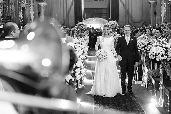 casamento-carla-baroncini-vestido-maria-mendes-04