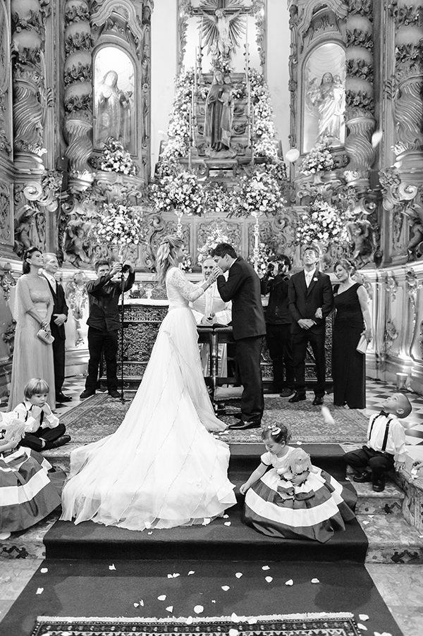 casamento-carla-baroncini-vestido-maria-mendes-07