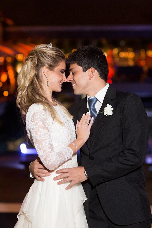 casamento-carla-baroncini-vestido-maria-mendes-09