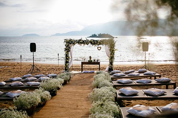 casamento-na-praia-mara-perez-noiva-debora-01