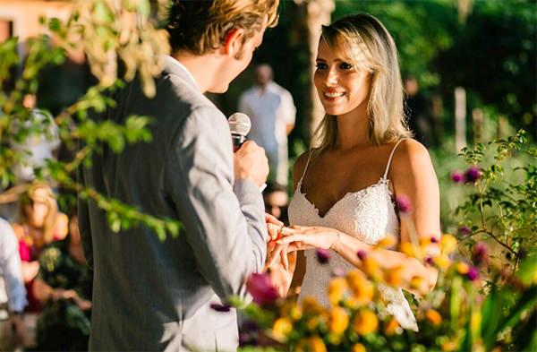 casamento-na-praia-casamarela-luciana-06