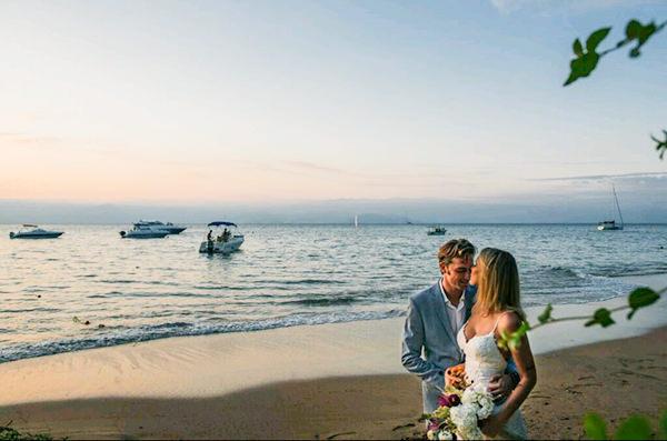 casamento-na-praia-casamarela-luciana-07