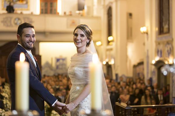 casamento-anna-quast-ricky-arruda-casa-petra-puntuale-whitehall-hora-do-buque-tais-puntel-07