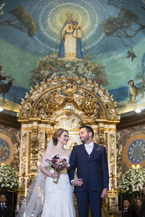 casamento-anna-quast-ricky-arruda-casa-petra-puntuale-whitehall-hora-do-buque-tais-puntel-10