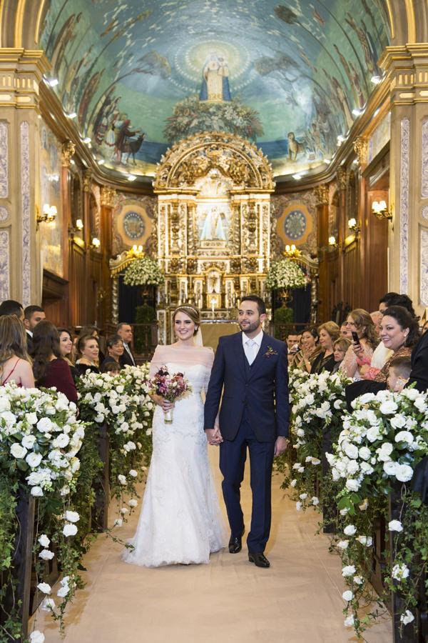 casamento-anna-quast-ricky-arruda-casa-petra-puntuale-whitehall-hora-do-buque-tais-puntel-11
