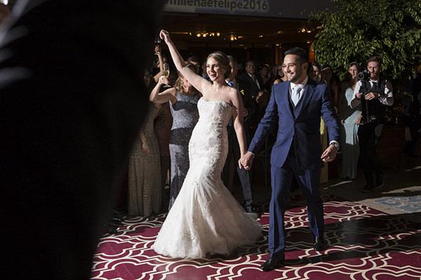 casamento-anna-quast-ricky-arruda-casa-petra-puntuale-whitehall-hora-do-buque-tais-puntel-29