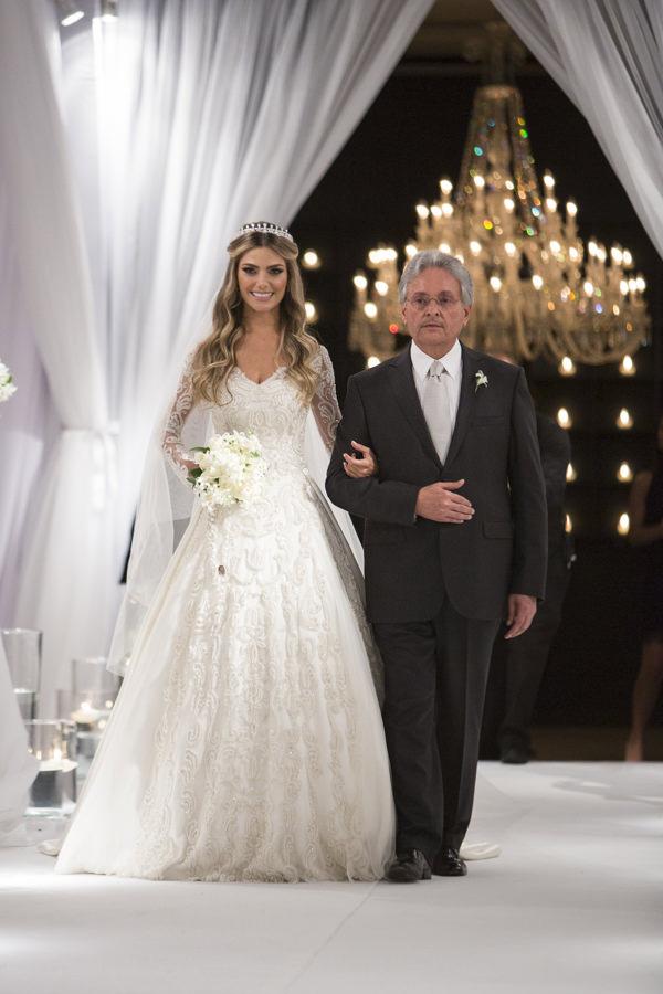 casamento-karina-flores-fotos-anna-quast-ricky-arruda-casa-petra-1-18-project-07