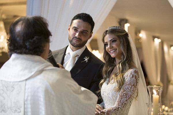 casamento-karina-flores-fotos-anna-quast-ricky-arruda-casa-petra-1-18-project-08