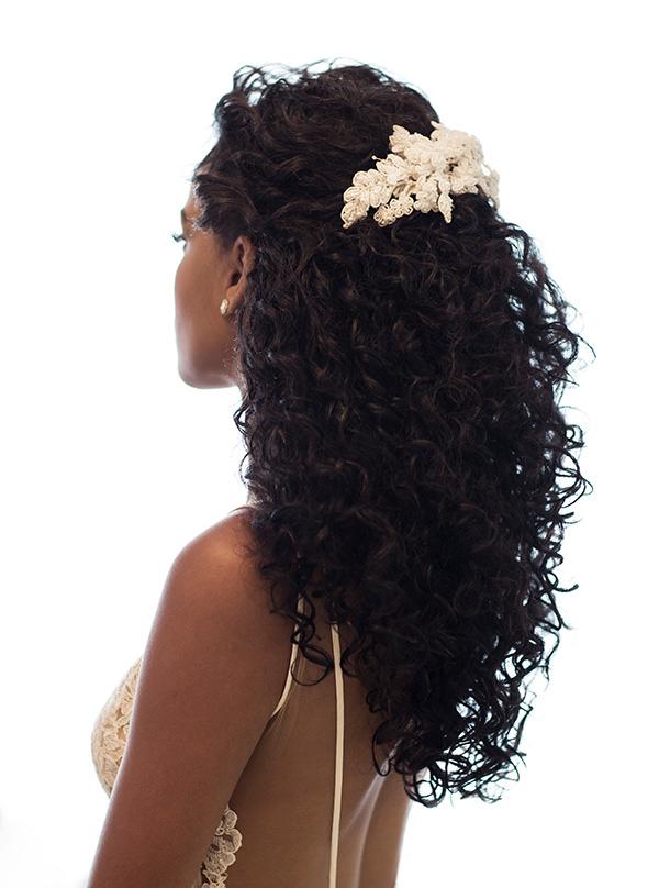 5 Penteados Para Noivas De Cabelos Cacheados Constance